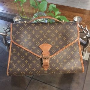 Authentic Louis Vuitton Beverly Business bag